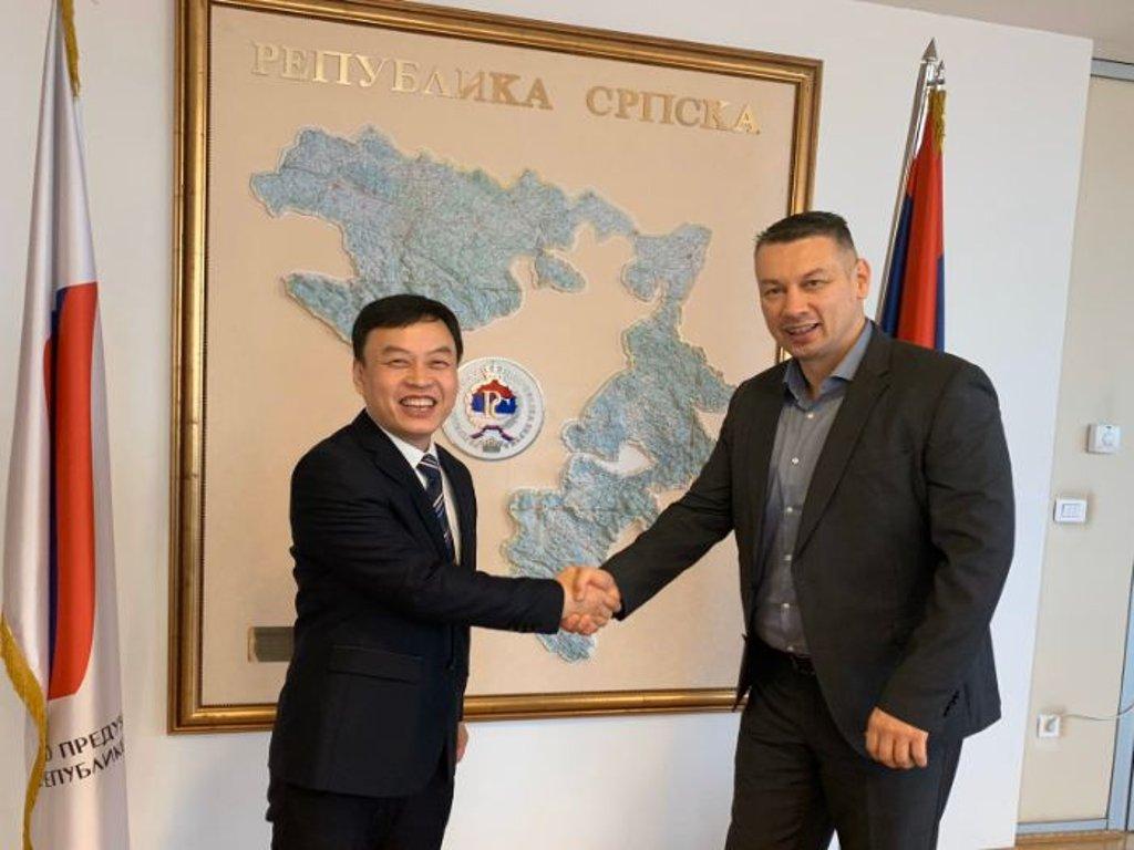 Kinezi spremni uložiti 300 mil EUR u sanaciju puteva u RS - Potpisan Memorandum o razumijevanju