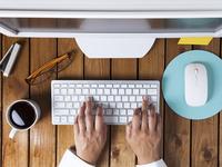 Pet najvećih laži o zaradi preko interneta u koje ljudi veruju