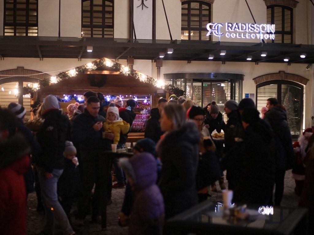 Otvoren Božićni trg hotela Radisson Collection Old Mill Belgrade