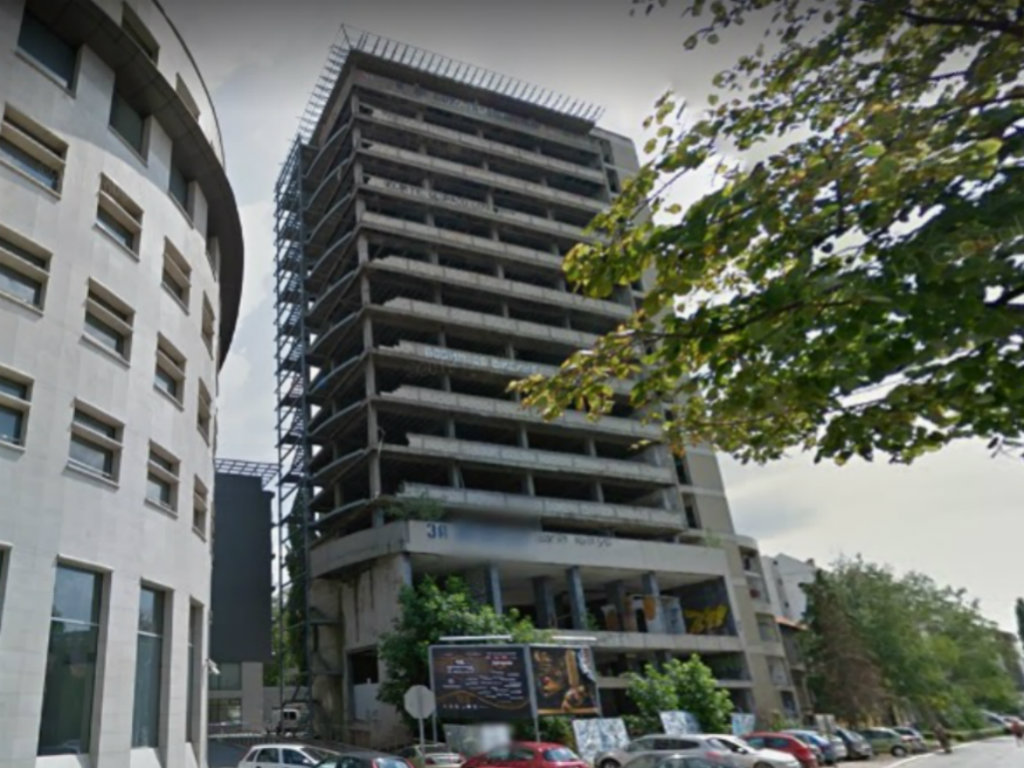 Workers' University Building in Novi Sad Up for Sale Again at Lowered Price