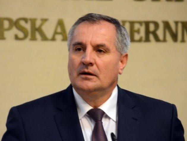 Radovan Višković, premijer RS - Biografija