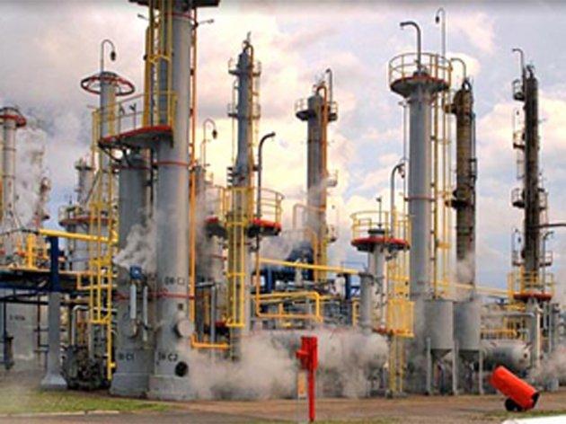 Nema naznaka početka sanacije havarisanog postrojenja Rafinerije nafte Brod - Radnici na čekanju do kraja godine