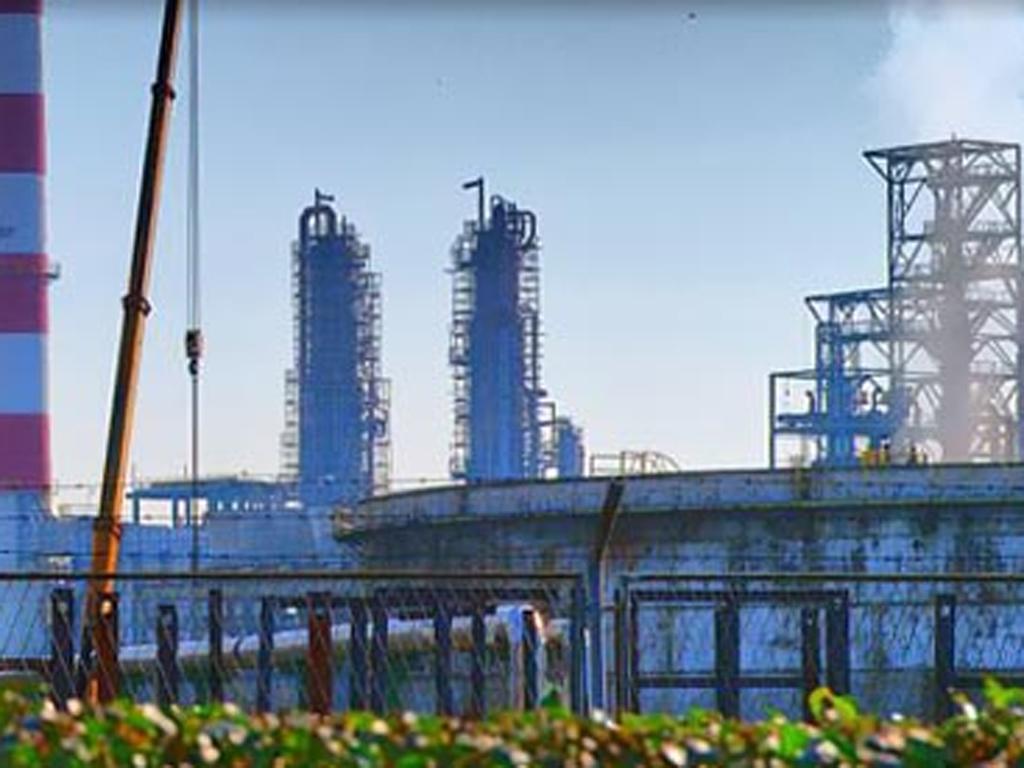 Četiri solarna postrojenja niču u krugu Rafinerije nafte Brod