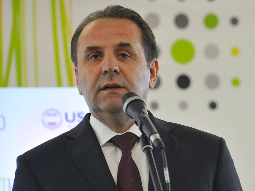 Rasim Ljajić, ministar rada i socijalne politike - Bez nadmenosti