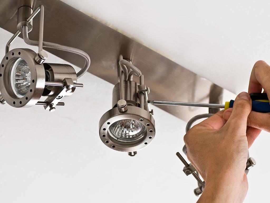 Raspisan tender za nabavku LED sijalica za potrebe 10.000 domaćinstava u Tuzlanskom kantonu
