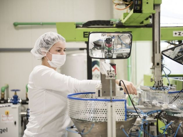 Plastični proizvodi za različite industrije - Kreševska firma Re-Industris sedmično lansira 500.000 produkata