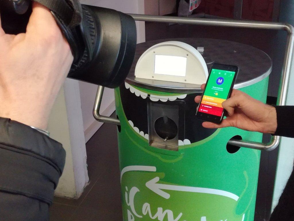 Solagro predstavio novi model pametne prese za reciklažu limenki