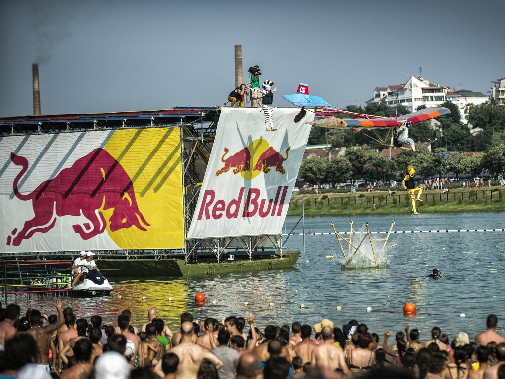 World's most entertaining flying show to arrive to Belgrade – Red Bull Flugtag on June 23 on Ada Ciganlija