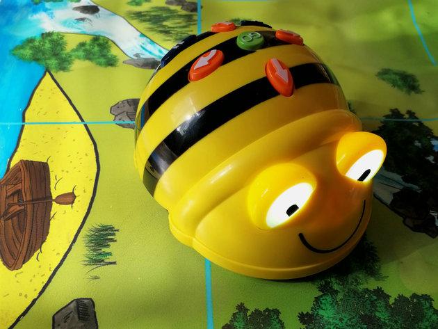 """Podrška kompanije McDonald's akciji """"Pčelice"""" u okviru projekta """"Bitka za znanje"""""""