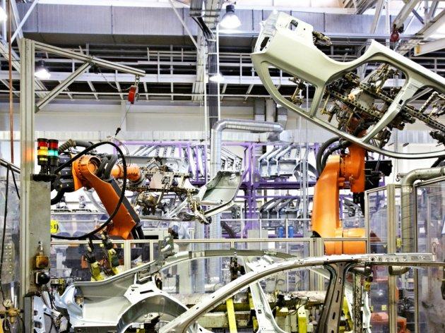 Proizvođači automobila gase proizvodne trake znog nestašice poluprovodnika