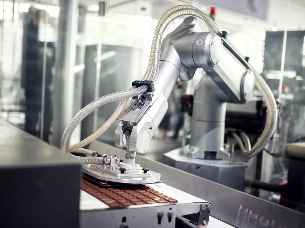 Do 250.000 EUR bespovratnih sredstava za uvođenje robotike - Prvi poziv projekta DIH2 otvoren do 31. oktobra