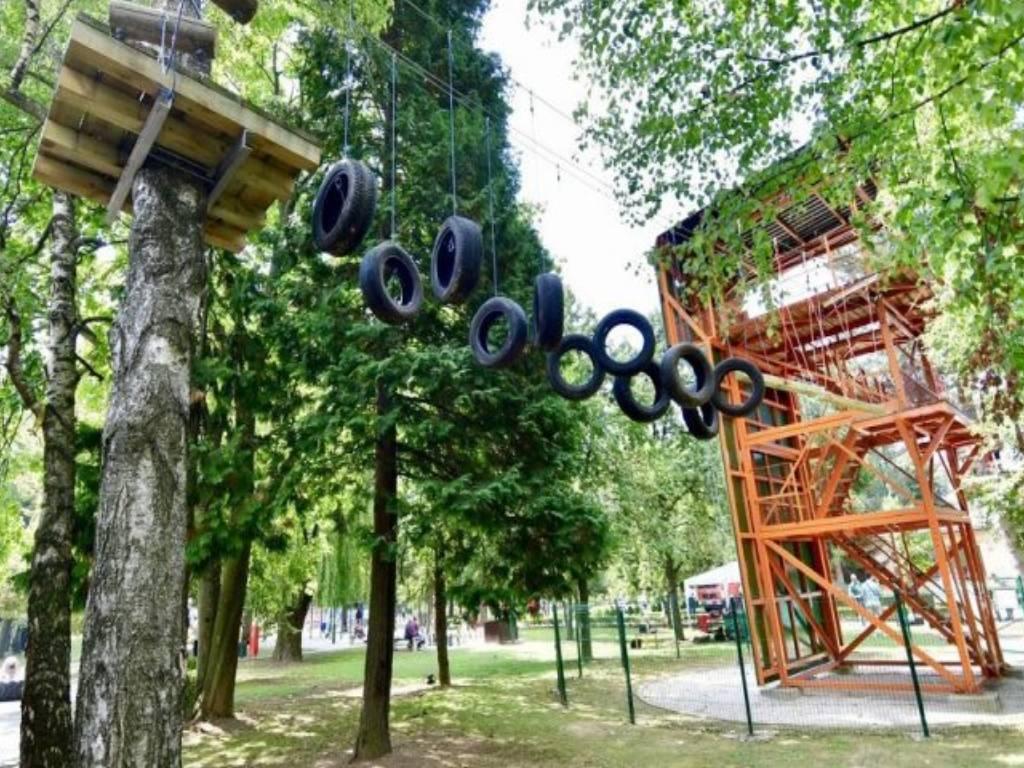 Otvoren adrenalinski park u centru Safet Zajko - U planu gradnja zip lajna