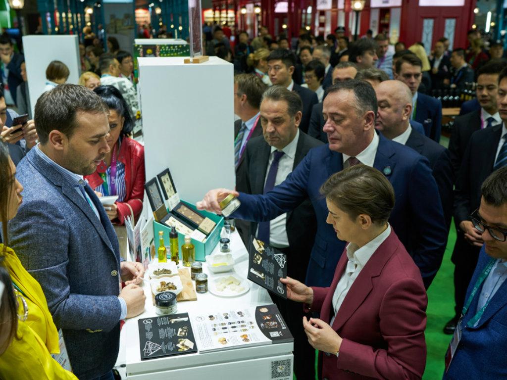 Deset kompanija iz Srbije predstavlja se na sajmu izvoza EXPO u Šangaju