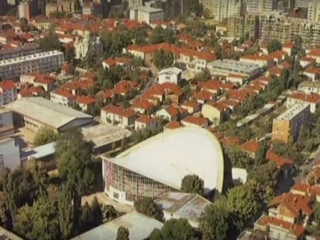 Počelo pretvaranje zgrade Leskovačkog sajma u tržni centar - Investicija vredna 2,3 mil EUR