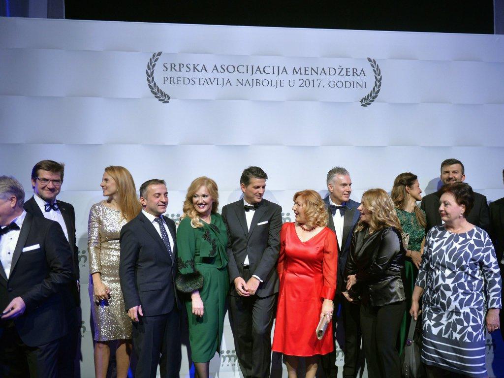 SAM dodelio godišnje nagrade za 2017. - Menadžer godine Dragoljub Damljanović, najbolji poslodavac VIP mobile (FOTO)