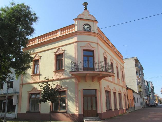 Stari sat, simbol grada Šamca, nakon 27 godina ponovo radi