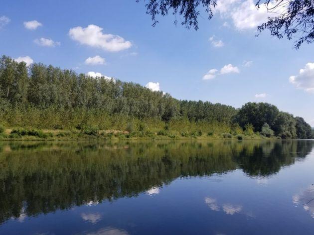 Uživanje uz reku