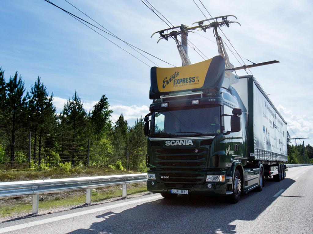 """Šveđani prave autoput """"na struju"""""""
