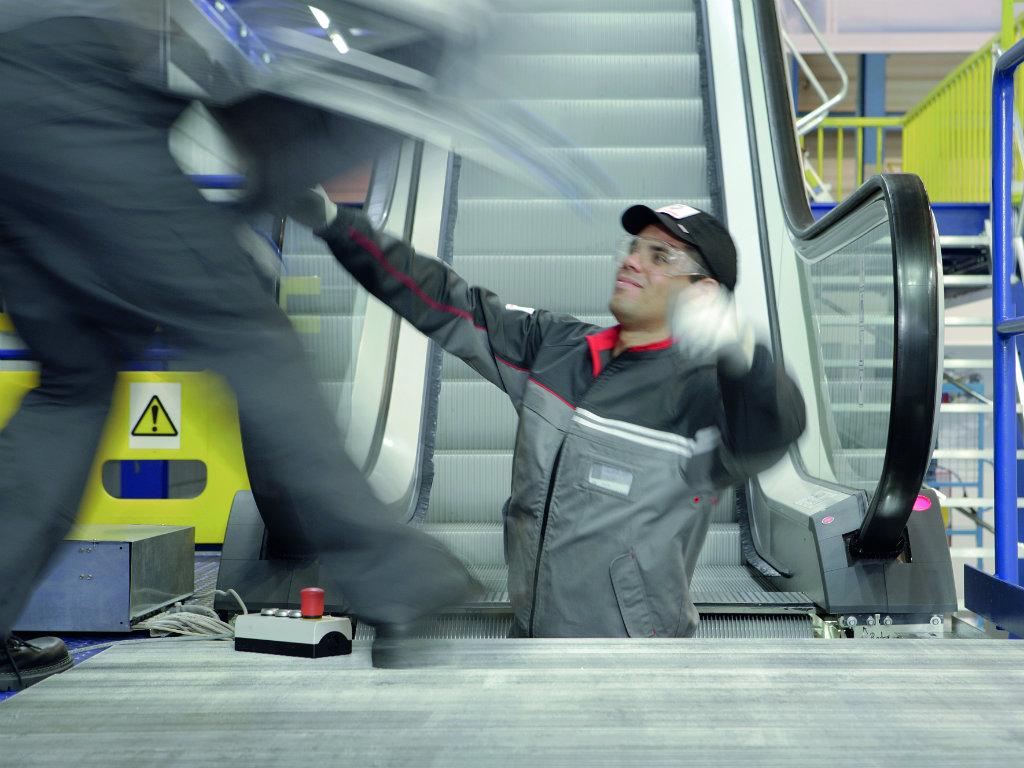 Kompanija Schindler jedan je od vodećih proizvođača liftova, pokretnih traka i stepenica  - Uspešno realizovani brojni projekti širom Srbije