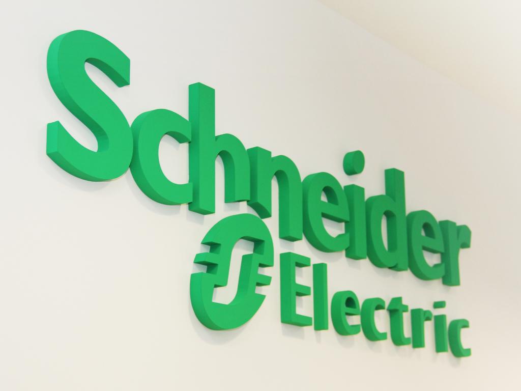 Digitalizacija smanjuje troškove kompanija i do 70% - Schneider Electric predstavio prednosti digitalne transformacije