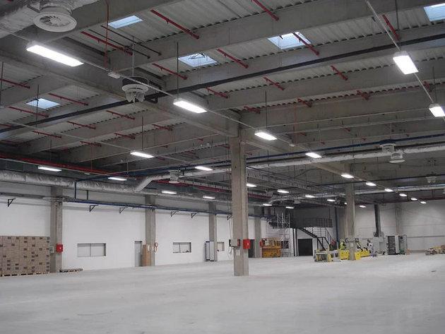 Osvetljenje u fabrici Johnson Controls u Kragujevcu