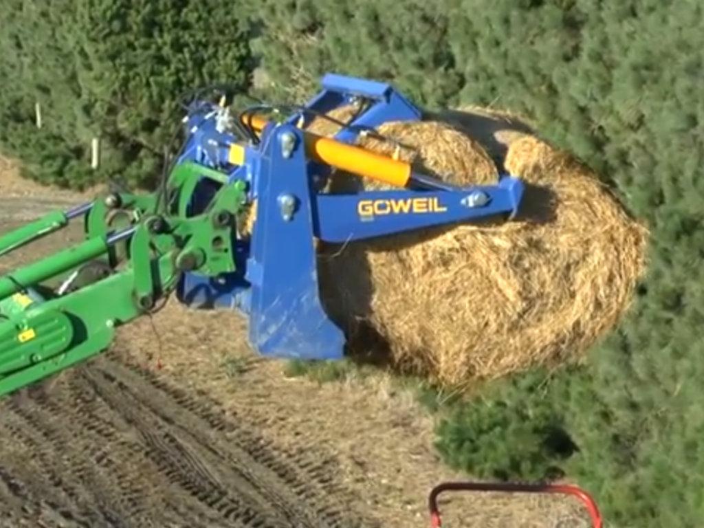 Nova poljoprivredna mašina - Rezač za bale garantuje snažan i potpun rez (VIDEO)