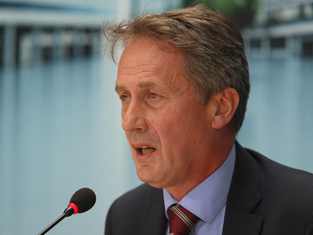 Senad Olovčić, direktor Porsche BH - Država mora kontrolisati kakva vozila se uvoze u BiH