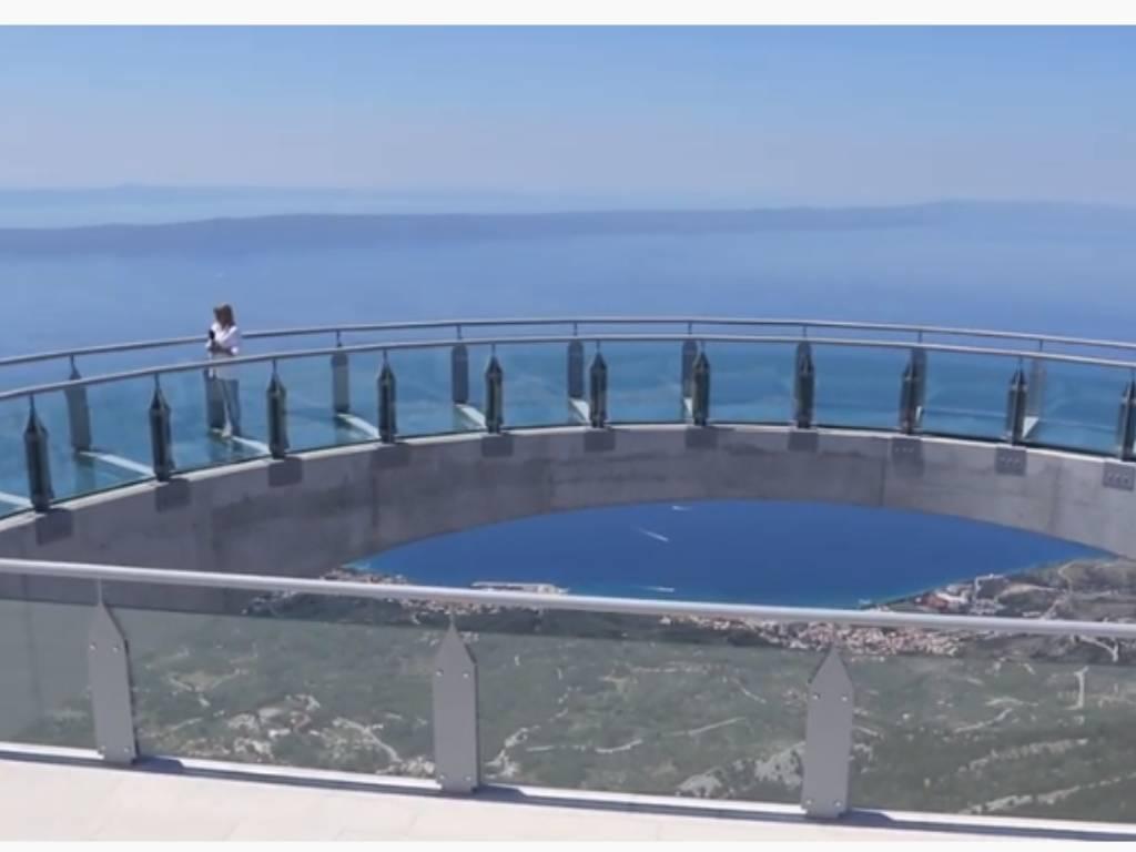 "Otvorena ""nebeska šetnica"" iznad Makarske (VIDEO)"