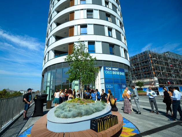 Skyline Belgrade Komplex erhält bald den größten privaten Innenpool der Stadt