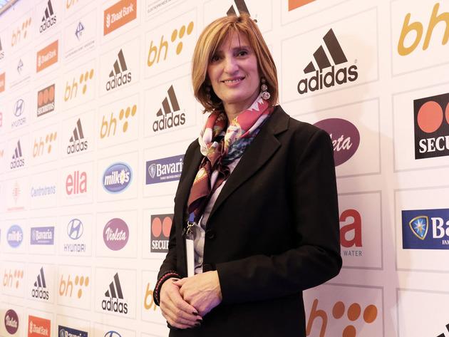 Slavica Pecikoza, PR Fudbalskog saveza BiH - Naučila sam kad treba stati na loptu