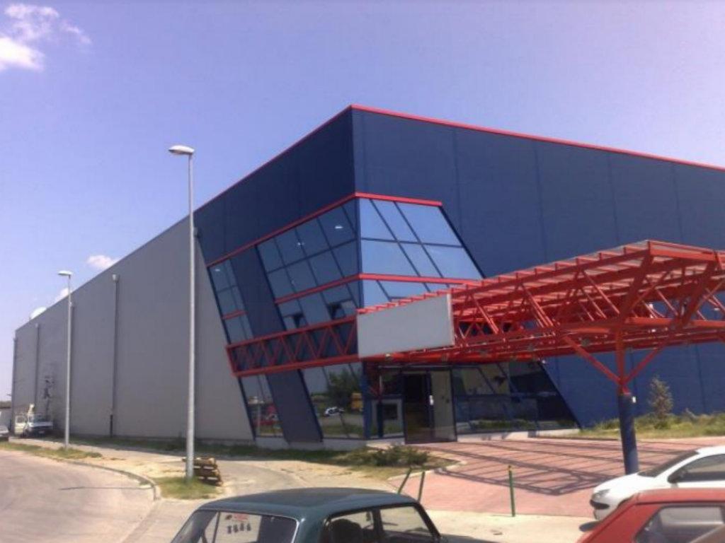 Slavijacoop prodaje ili izdaje u zakup savremeno opremljen poslovni centar u Novom Sadu