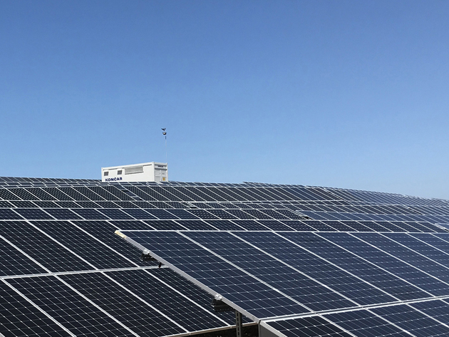 Solarna elektrana Vis