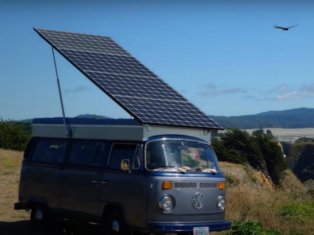 Od starog VW kampera napravili električni, sa solarnim napajanjem (VIDEO)