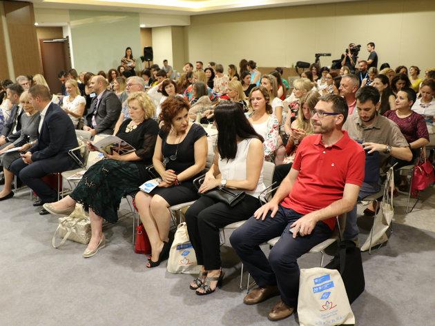 Centar Jaki mladi i projekat Mladi mogu - SOS dečija sela Srbije pomažu mladima da se osamostale i zaposle