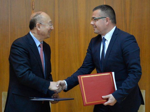 China interessiert an Fleisch, Milch, Mais, Zuckerrübe und Backpflaumen aus Serbien - Memorandum über Garantien der Lebensmittelsicherheit unterzeichnet