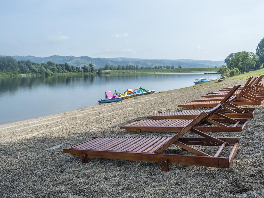 Turisti će se na Srebrnom jezeru i u Požarevcu informisati putem interaktivnih turističkih tabli