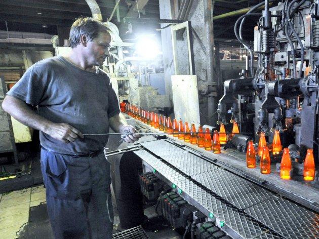 Otkaz za 230 radnika Srpske fabrike stakla u Paraćinu