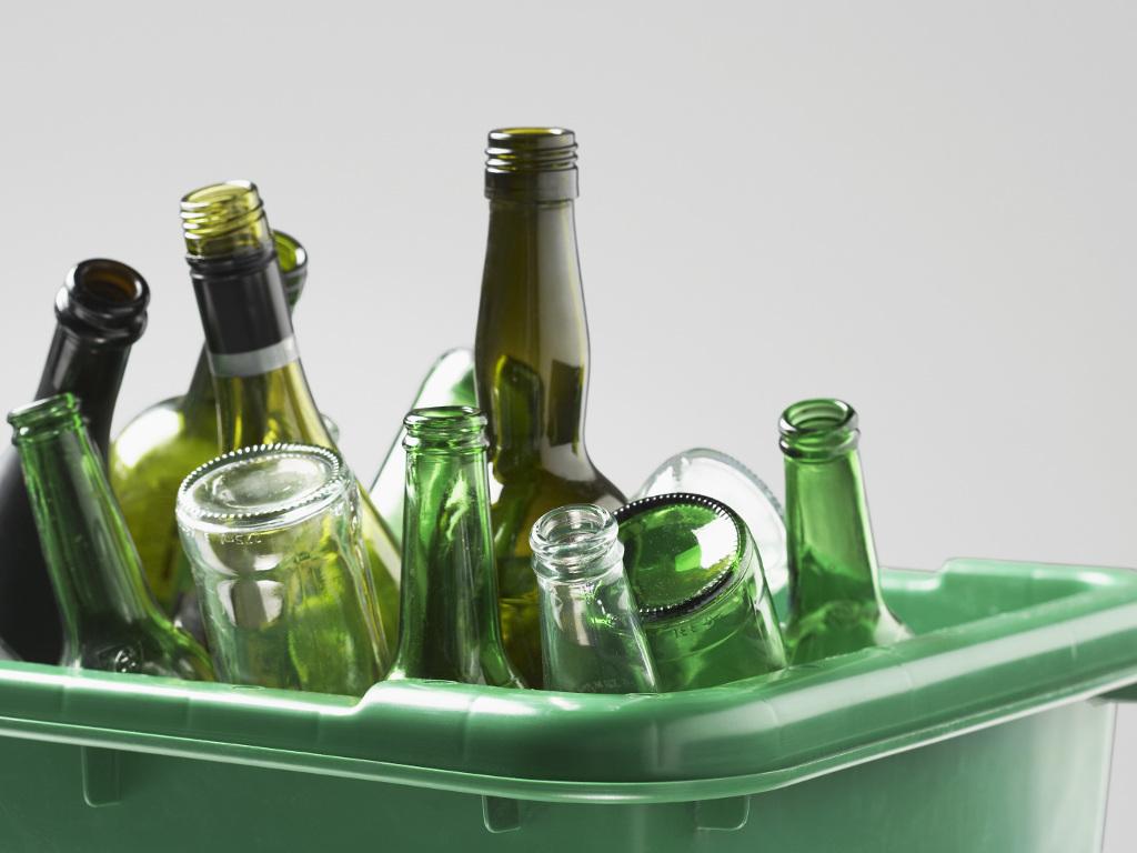 Zašto Srbija nema nijedan pogon za recikliranje stakla - Stakleni otpad izvozimo, ambalažu uvozimo