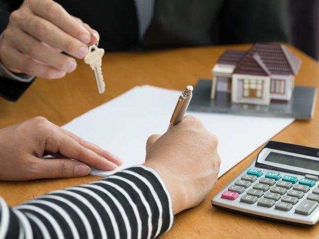 Prodaja nekretnina prepolovljena, zakupa gotovo da nema - Cijene bez promjene, očekuje se pad investicija u stanogradnji