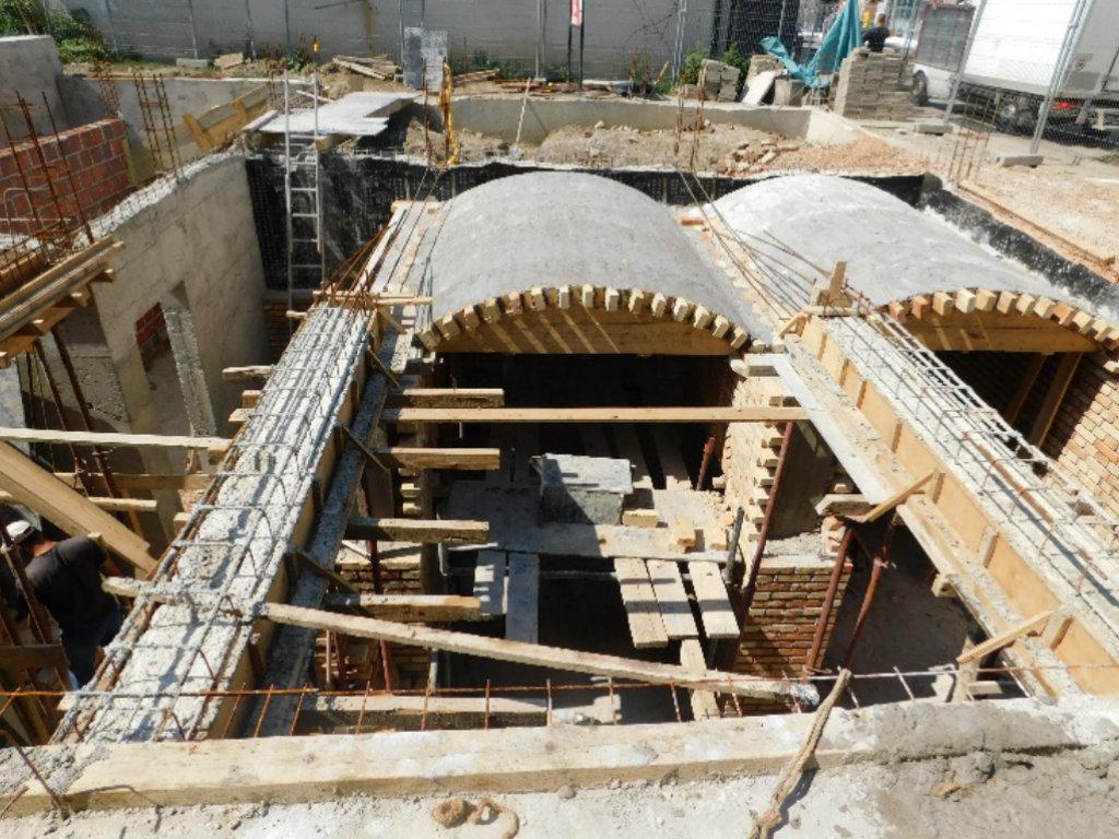 Multifunkcionalni prostor u Obrenovcu, umesto zgrade Stare opštine, biće završen 2020. godine (FOTO)