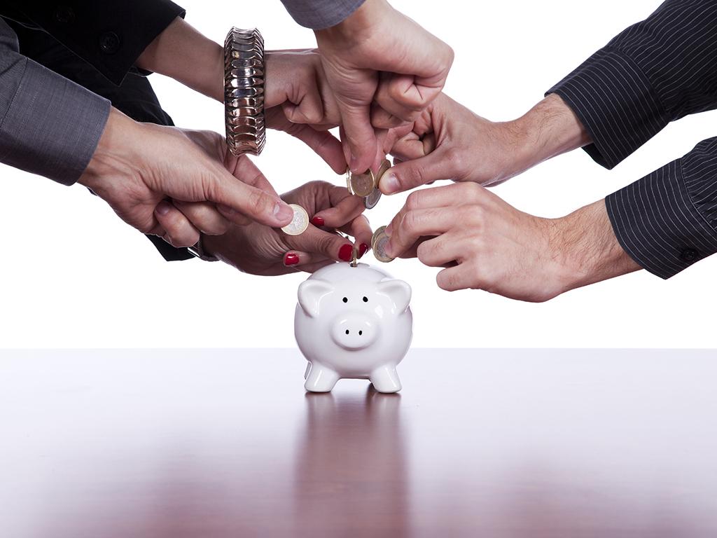 Kako je nastala kasica prasica i zašto čuvamo novac u ovakvim posudama