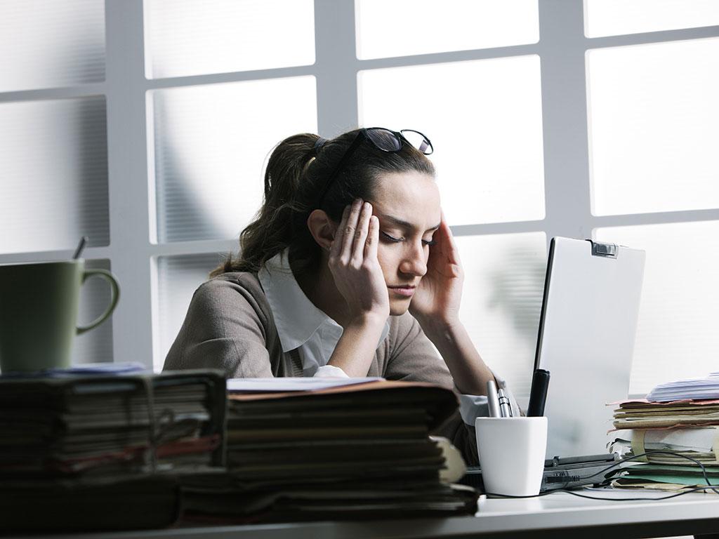 Ovih pet znakova pokazuju da patite od sindroma sagorevanja na poslu