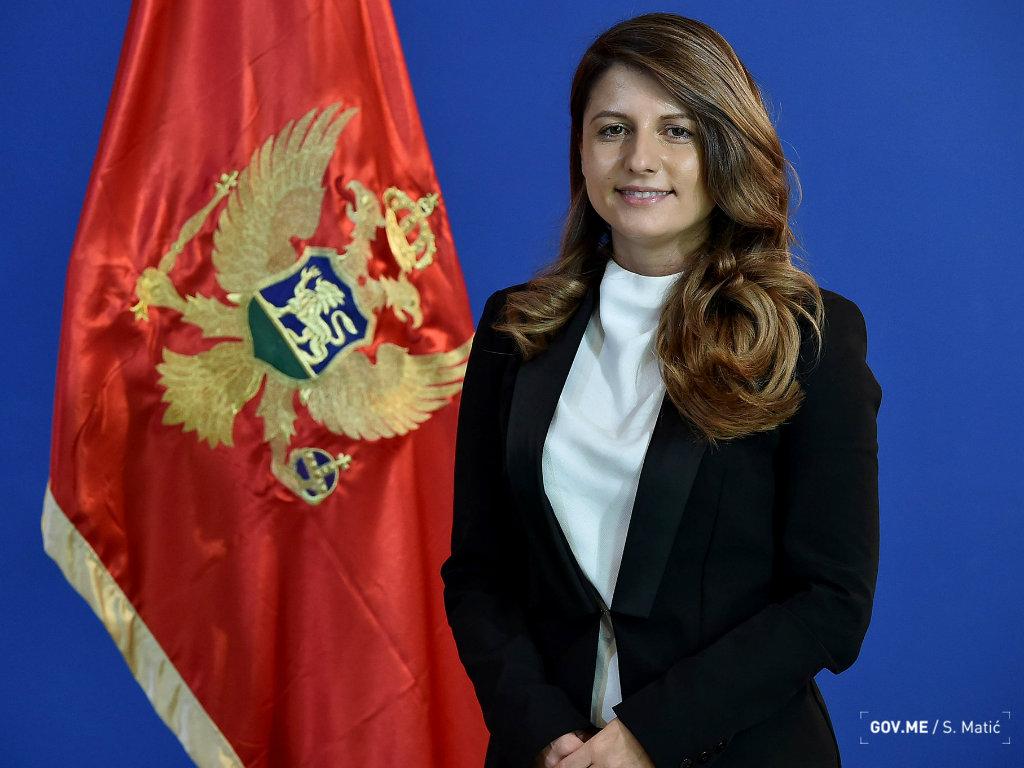 Tamara Srzentić donirala 1.500 EUR Kliničkom centru