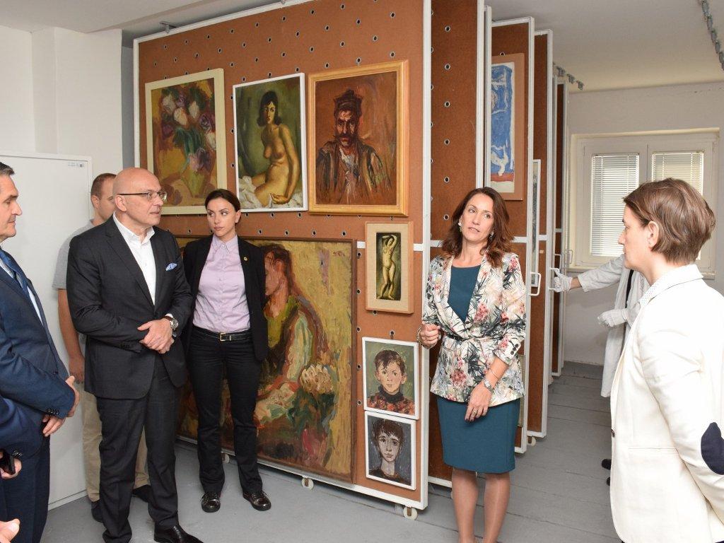 Istorijski dar u godini jubileja - Tarkett donirao umetničku kolekciju Galeriji Matice srpske