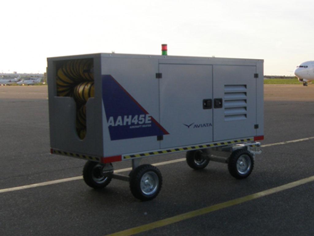 """Srpske kompanije """"Tehnolink"""" i """"Aviata"""" proizvele uređaje za grejanje aviona"""