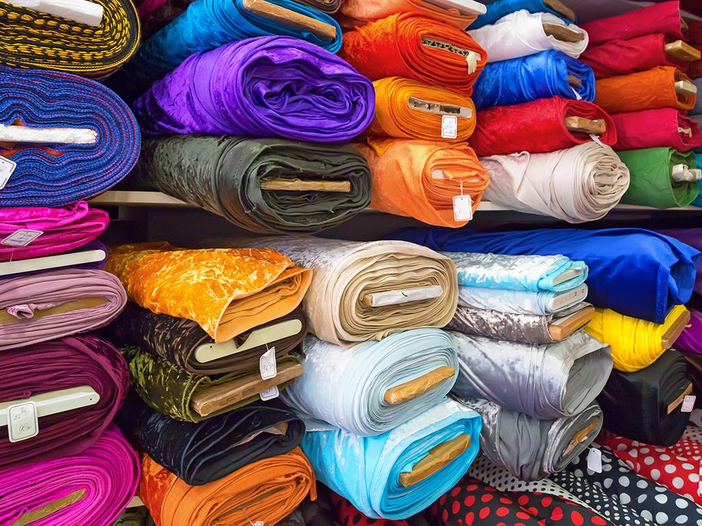 Flash SRB predstavio novine u obradi tekstila - Osam proizvođača u poseti apatinskoj fabrici