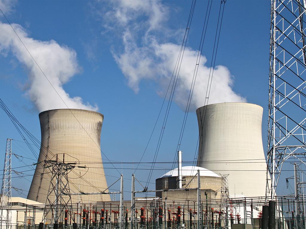 Energetska zajednica podseća da se Srbija obavezala na smanjenje sumpor-dioksida, azotnog oksida i prašine
