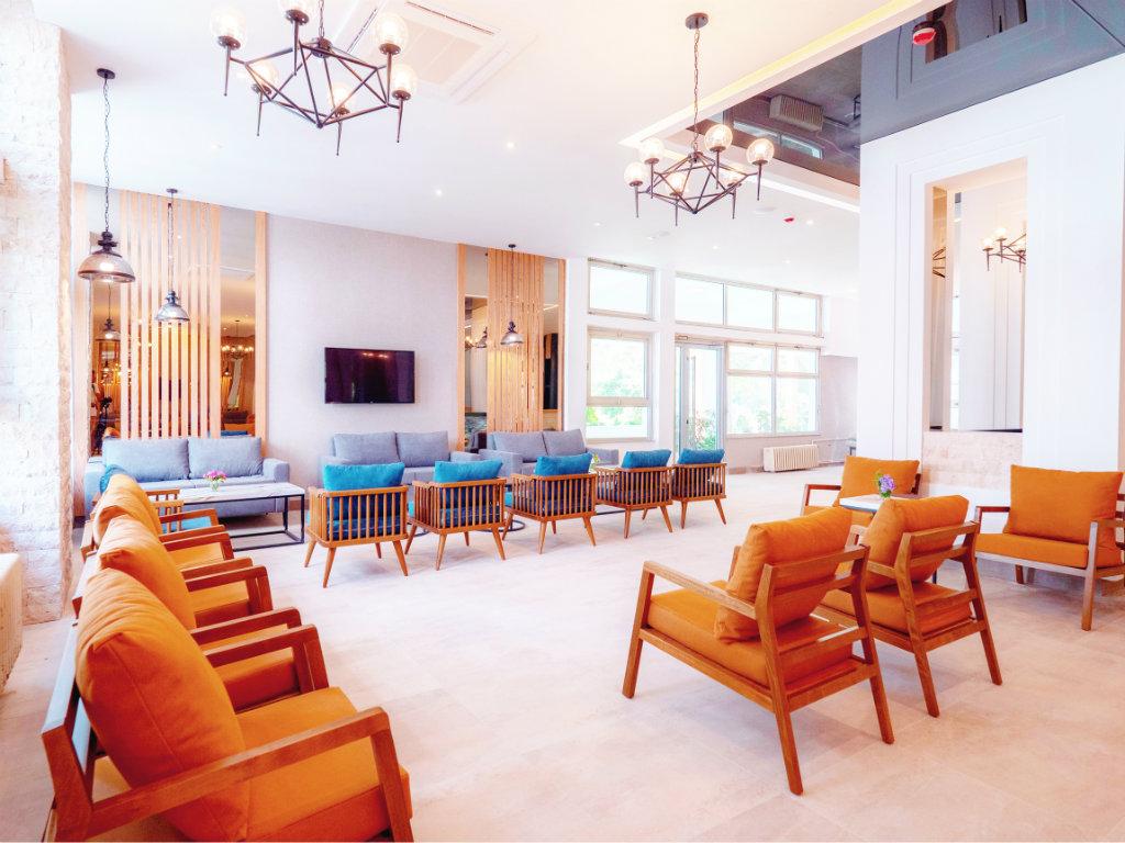 Karisma investirala 2,7 mil EUR u The Long Beach Hotel Montenegro u Ulcinju (FOTO)