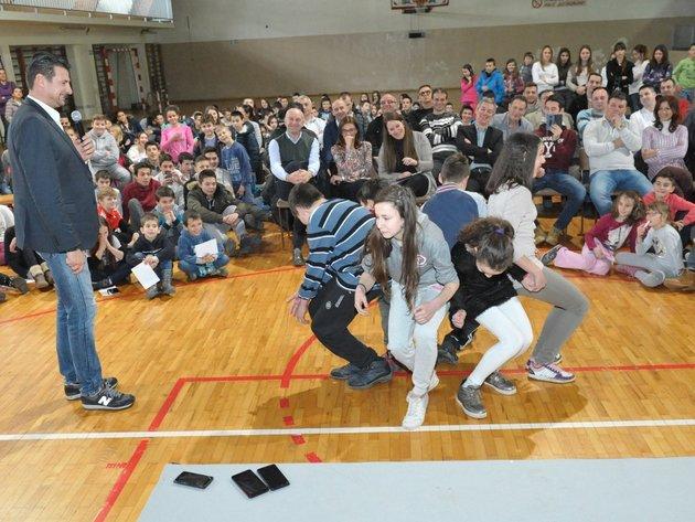 Titan Cementara pomaže sportske klubove u Kosjeriću
