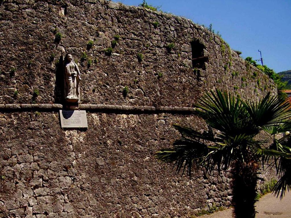 Grad Trebinje planira obnovu Starog grada - Formirana grupa za izradu idejnog projekta